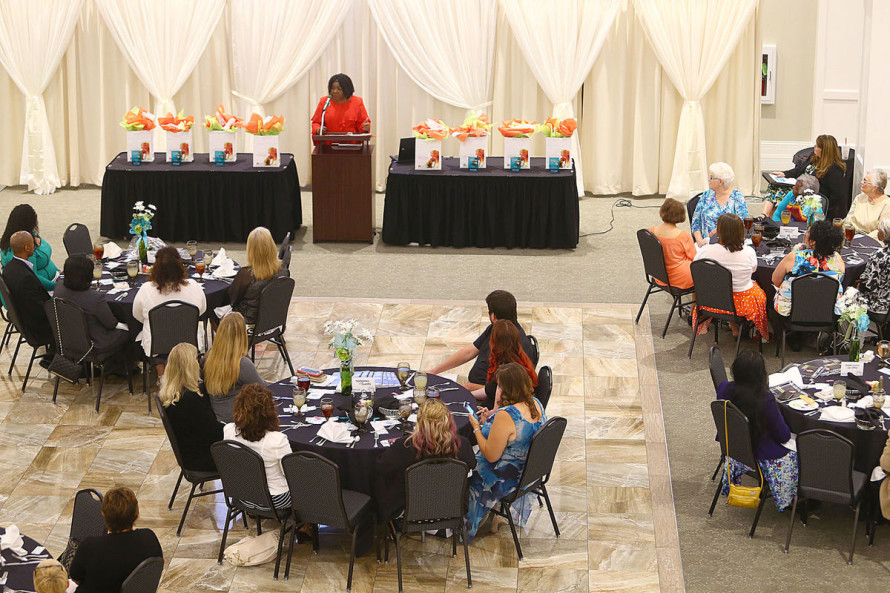 Luncheon Celebrating Women in Business LCR